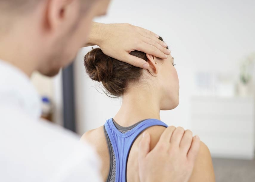 Chirotherapie - ein Schwerpunkt der Praxis für Orthopädie und Osteopathie Dr. Christine Meyer in Meppen