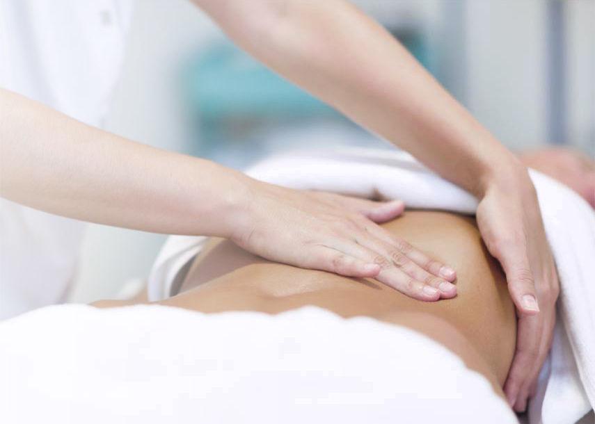 Osteopathie - Ein Schwerpunkt der orthopädisch-osteopathischen Praxis Dr. med. Christine Meyer aus Meppen